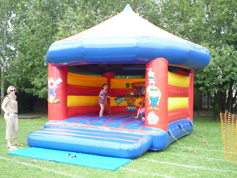 Delivering our bouncy castle hire to Bedford and St neots